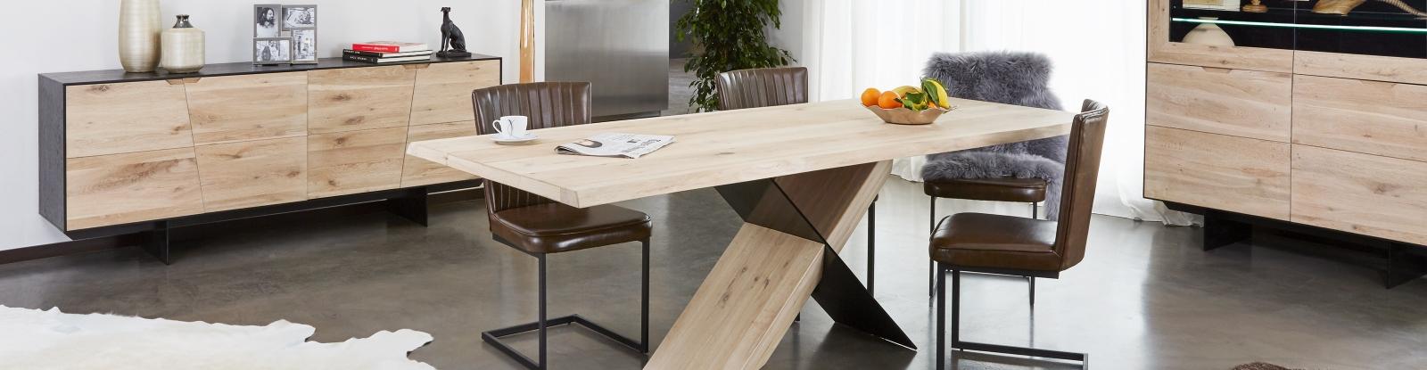 INSTINCT DINING TABLE