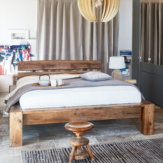 DAKOTA BED - Antique - 230 x 190 x 85 cm - Brown